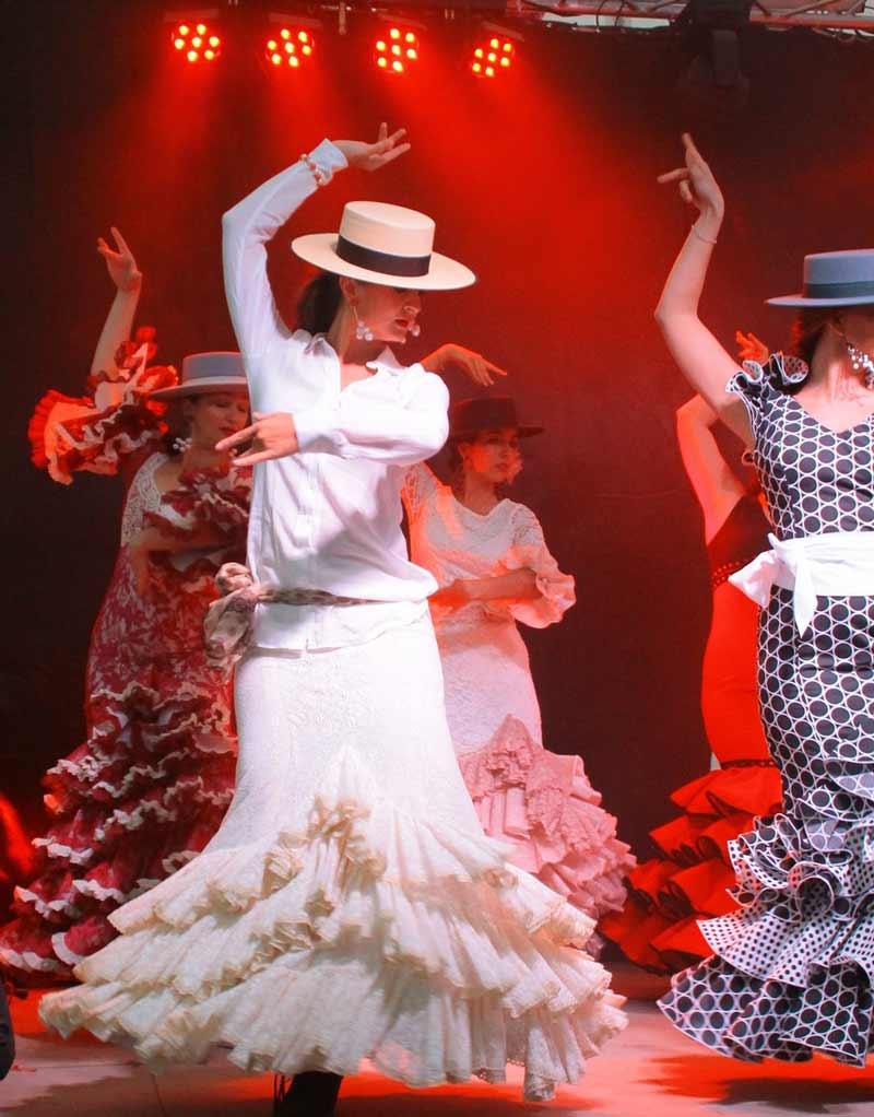 Ilona Yavorskaya - Bailando flamenco